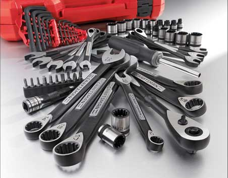 MAX AXESS tool set